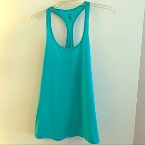 Teal work out tank.